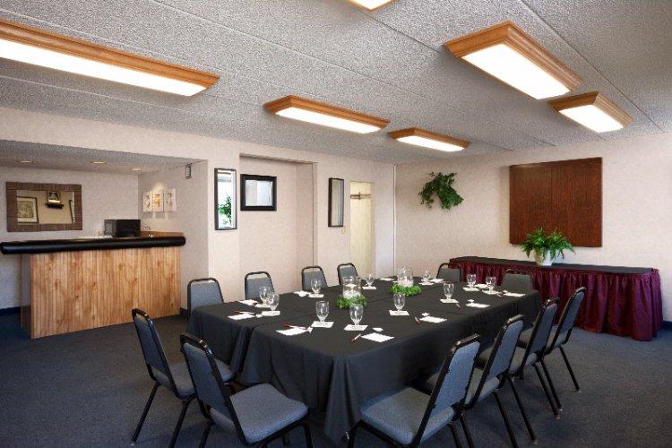 meeting facilities bangor maine