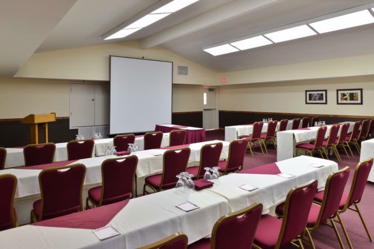 Stanford and Sutter Rooms Meeting Space Thumbnail 1