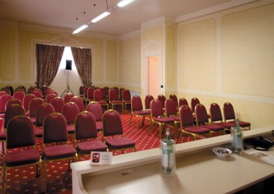 SALA CONTE CAPRONI Meeting Space Thumbnail 1