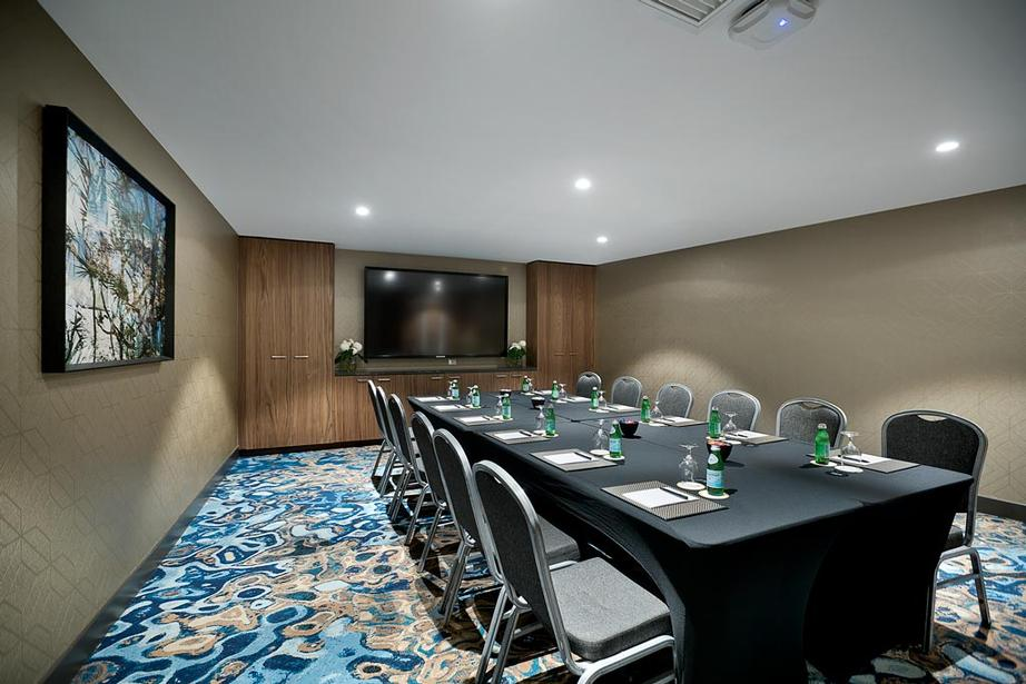 Currumbin Room Meeting Space Thumbnail 1