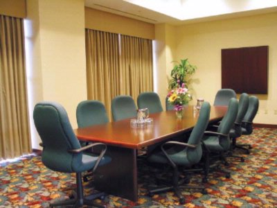 Grand Boardroom Meeting Space Thumbnail 1