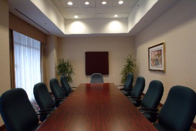 Grand Boardroom Meeting Space Thumbnail 2