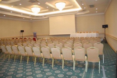 Geneve Meeting Space Thumbnail 1
