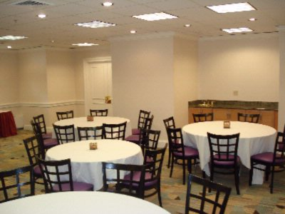 Stamford Room Meeting Space Thumbnail 1