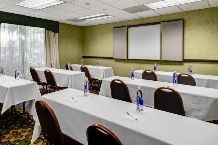 Duluth Room Meeting Space Thumbnail 1