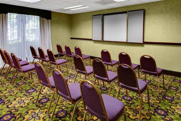 Duluth Room Meeting Space Thumbnail 3