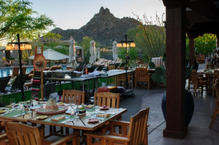Saguaro Blossom / Poolside Restaurant Meeting Space Thumbnail 3