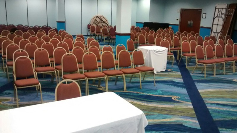 Holiday Inn Banquet Room Meeting Space Thumbnail 3