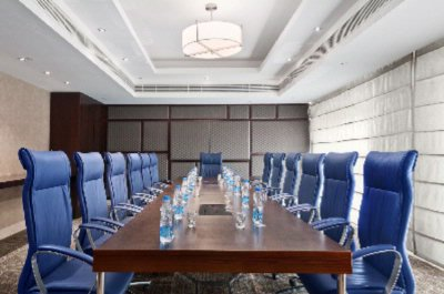 Photo of Hilton Boardroom