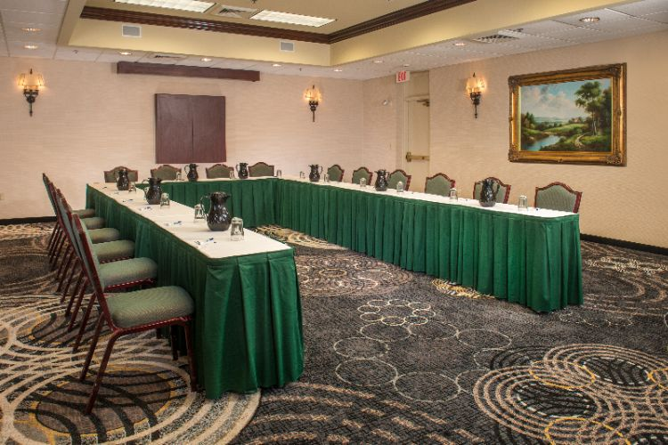 HOLIDAY INN EXPRESS® - State College PA 1925 Waddle Rd. 16803