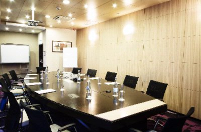 Rembrandt Conference Room Meeting Space Thumbnail 2