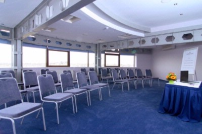 Ronda Conference Room Meeting Space Thumbnail 1