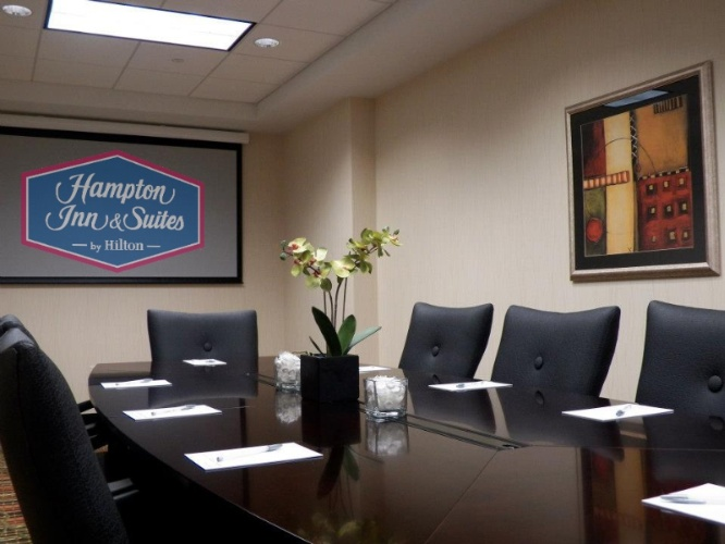 Photo of Elmhurst Boardroom