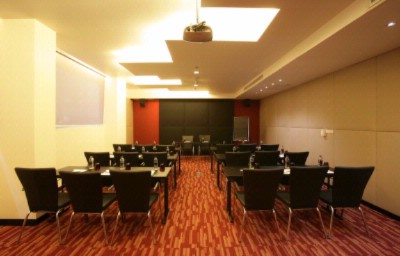 E meeting room Meeting Space Thumbnail 2