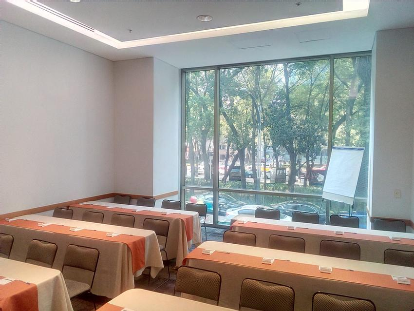 REFORMA Meeting Space Thumbnail 2