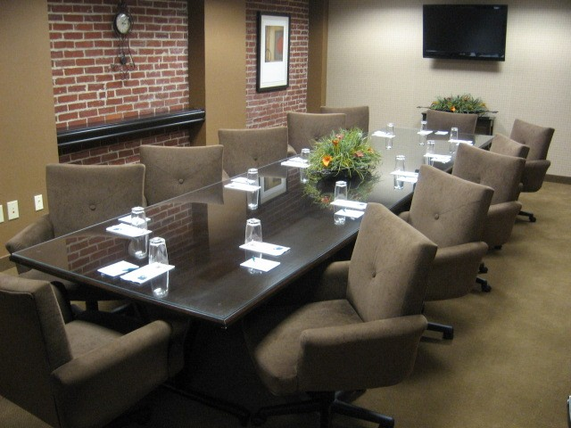 Photo of Georgia Boardroom