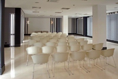 Paradis Meeting Room Meeting Space Thumbnail 2