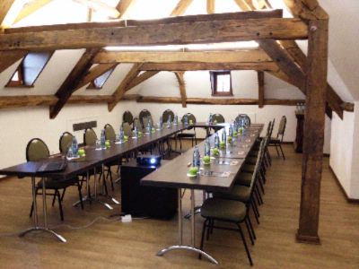 Meeting Room Salle des Combles Meeting Space Thumbnail 1