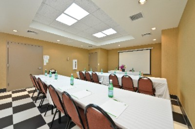 Holiday Inn Lower East Side Meeting Room Meeting Space Thumbnail 2