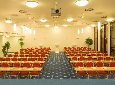 Conference Hall Primavera Meeting Space Thumbnail 1
