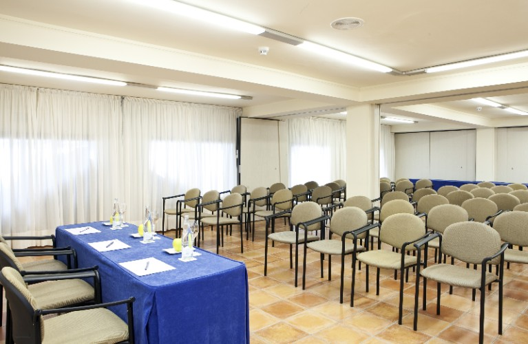 Photo of SIERRA NEVADA MEETING ROOM