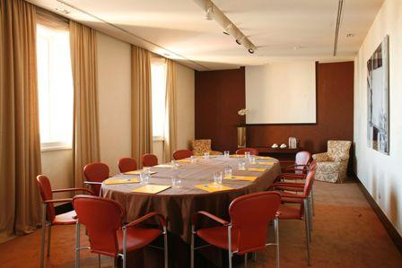 Photo of Meeting Room O Poeta