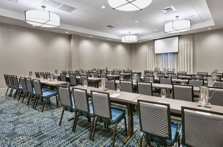 DOUBLETREE BY HILTON® CHARLOTTE - Charlotte NC 895 West Trade 28202