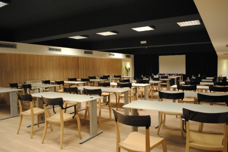 Club conference room Meeting Space Thumbnail 2
