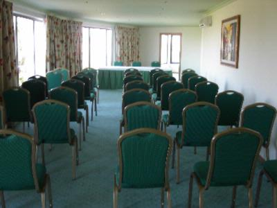 Albufeira Room Meeting Space Thumbnail 1