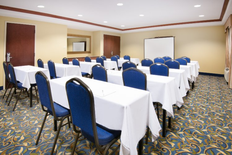 Newark Room - Harrison Room Meeting Space Thumbnail 2