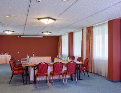 Gotteron 1 or 2 Meeting Space Thumbnail 1