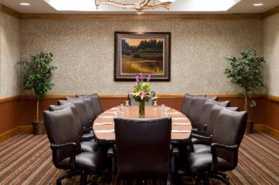 Photo of Lakeshore Boardroom