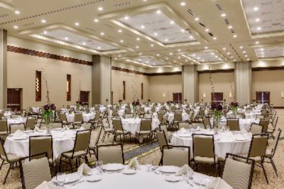 Manhattan Grand Ballroom Meeting Space Thumbnail 2