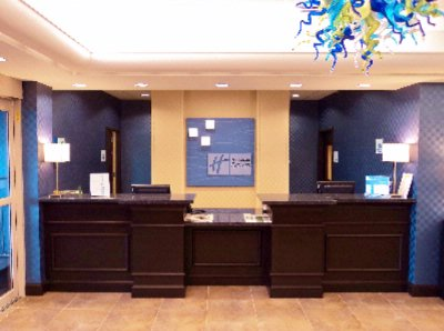Front Desk 12 of 14