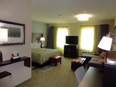 All Suites With Private Living Room And Full Kitchens 5 of 6