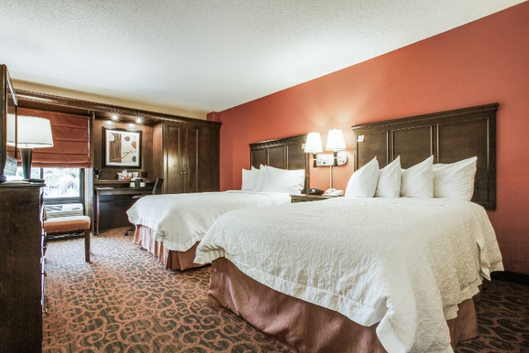 Rooms With 2 Double Beds Offer Plenty Of Rooms For Your Group. 6 of 14