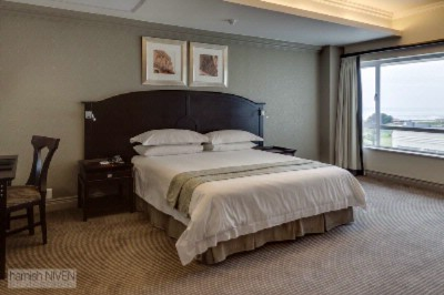 Standard Sea-Facing Room 8 of 19