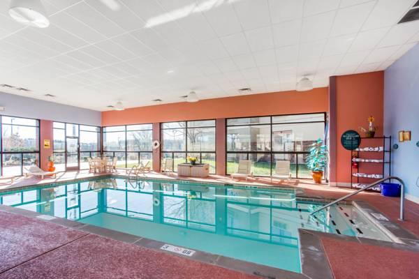 Indoor Heated Salt Water Pool 7 of 20