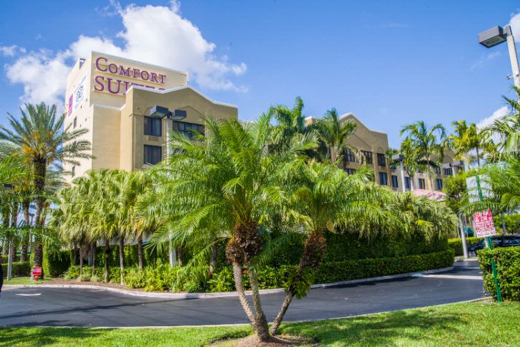 Comfort Suites Miami / Kendall 1 of 17