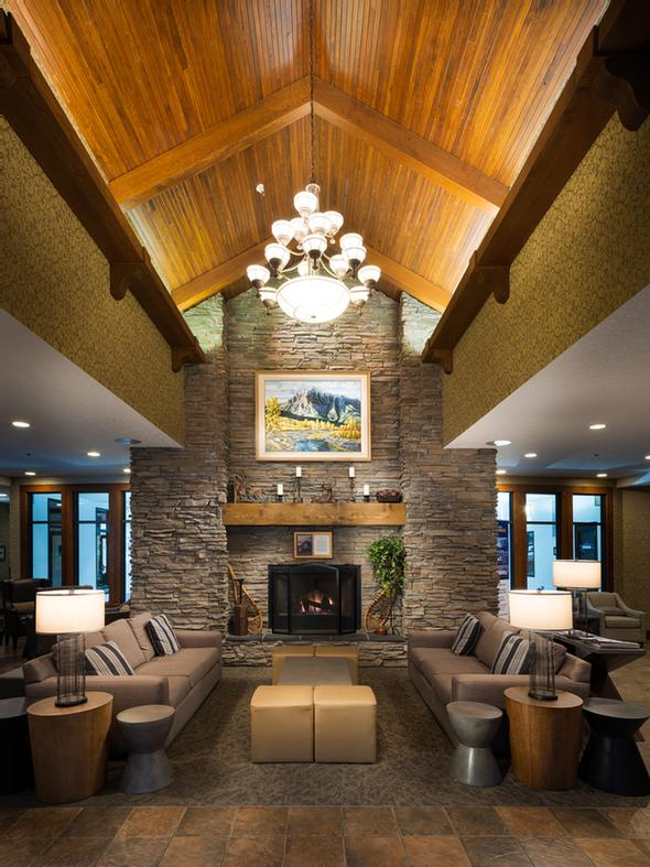 Best Western Plus Fernie Mountain Lodge 1 of 5