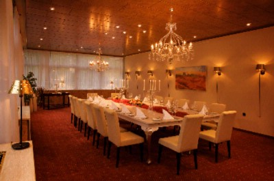 Fine Dining Room 6 of 14