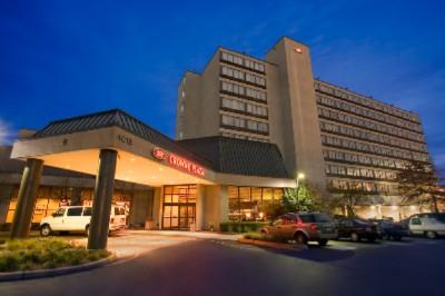 Crowne Plaza Hotel Englewood 401 South Van Brunt St Nj 07631