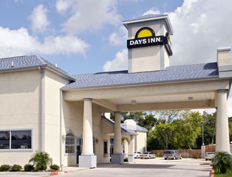 Days Inn & Suites Houston Channelview Tx 1 of 9