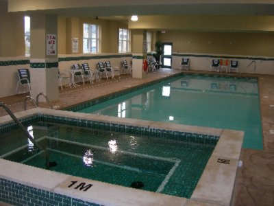 Indoor Pool & Whirlpool 6 of 6