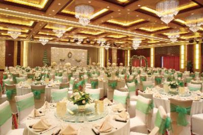 Crystal Grand Ballroom 20 of 25