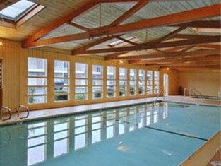 Surf City Inn -Indoor Pool 3 of 9