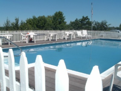 Our Beautiful Outdoor Heated Pool! 3 of 7