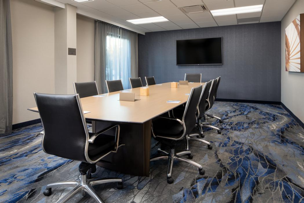 Meeting Room 8 of 12