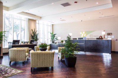 Relax & Enjoy Lots Of Natural Lighting -Holiday Inn Charleston Historic Downtown 2 of 31