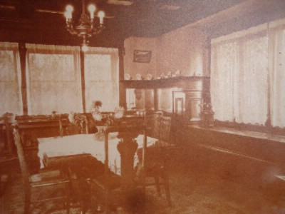 1900s Parlor 5 of 6